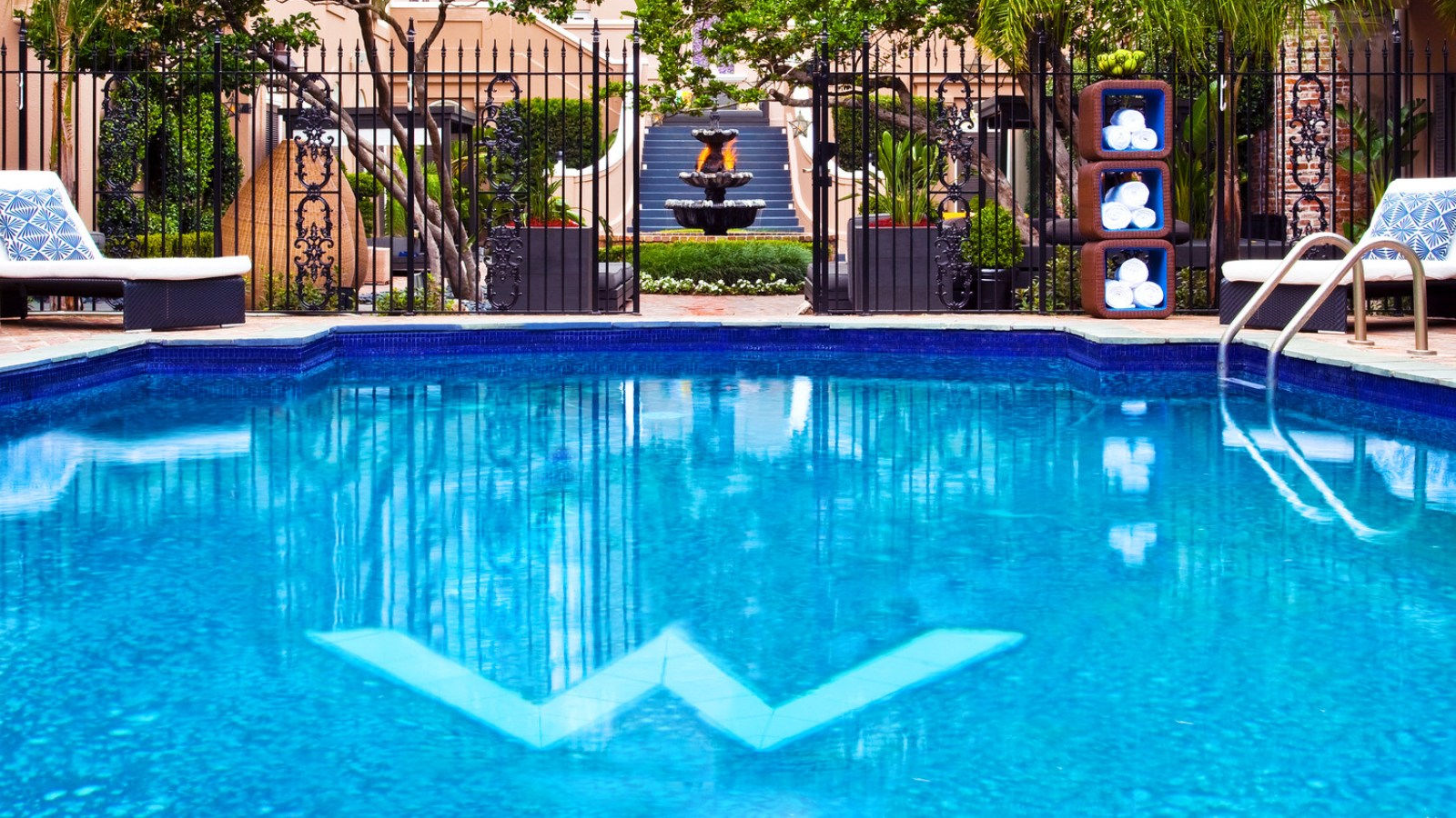 French Quarter Hotel Pool | W French Quarter